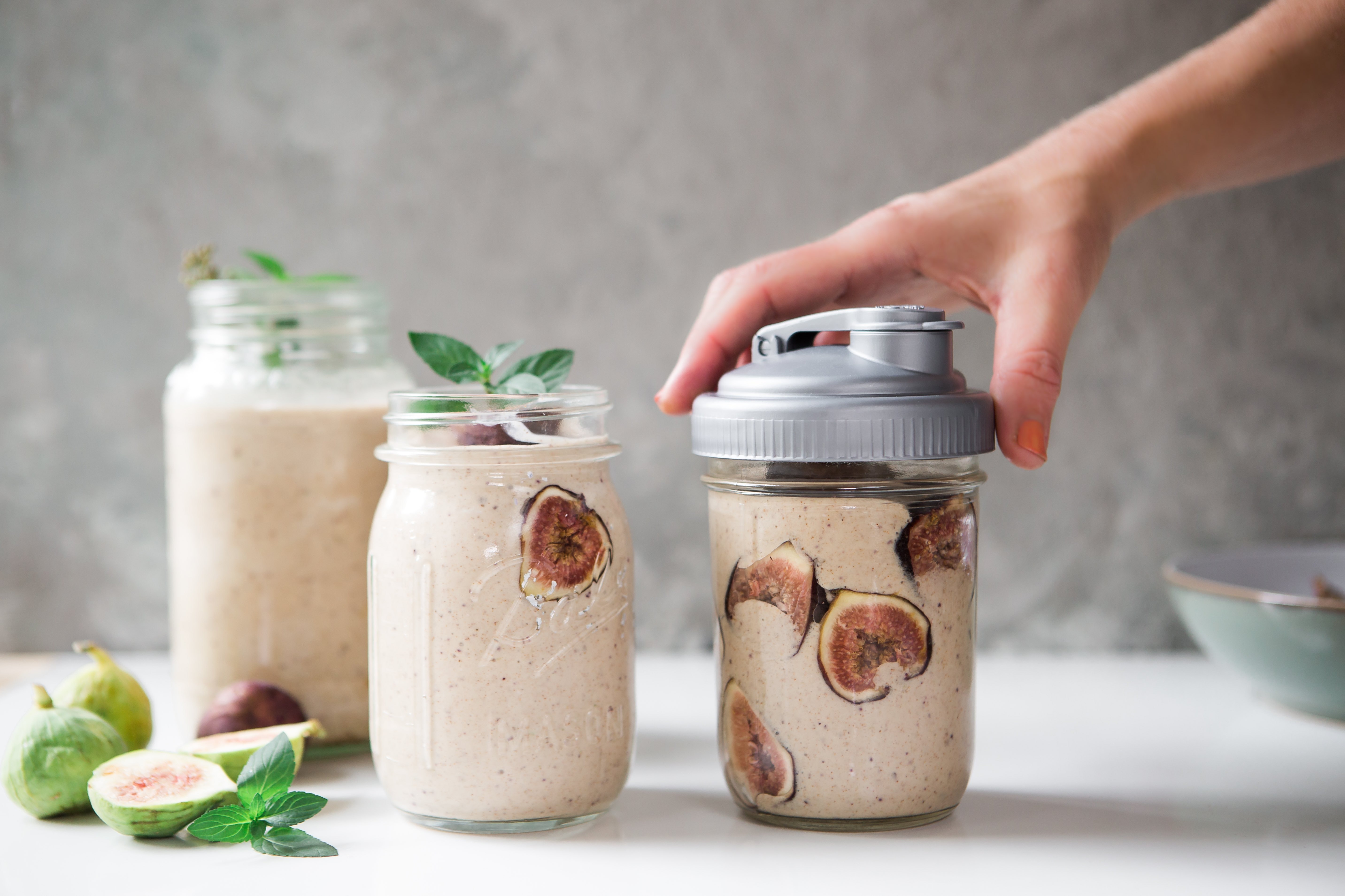 Creamy Fig and Cinnamon Smoothie