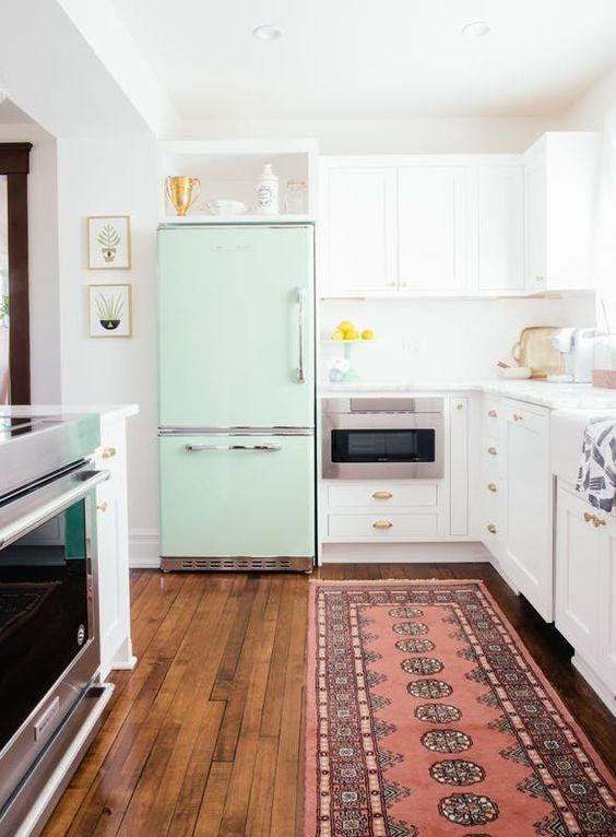 6 Easy Steps to a Cleaner, More Organized Refrigerator