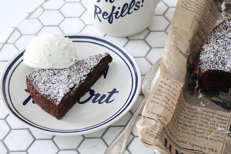 Swedish Kladdkaka AKA The Gooey-ist, Fudgiest, Best Chocolate Cake Ever