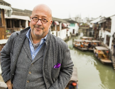 Person image - Andrew Zimmern