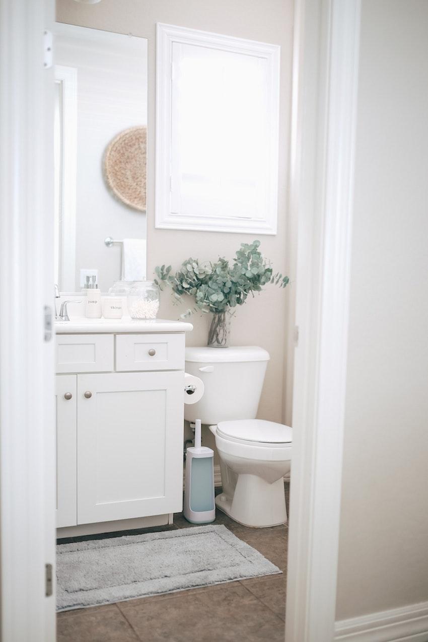 8 Things Every Bathroom Needs
