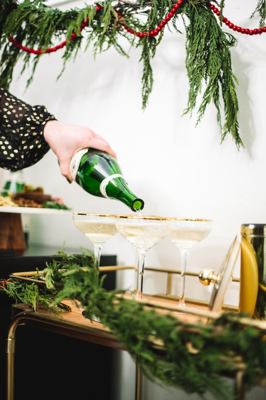 8 Amazing Gifts for Champagne Lovers