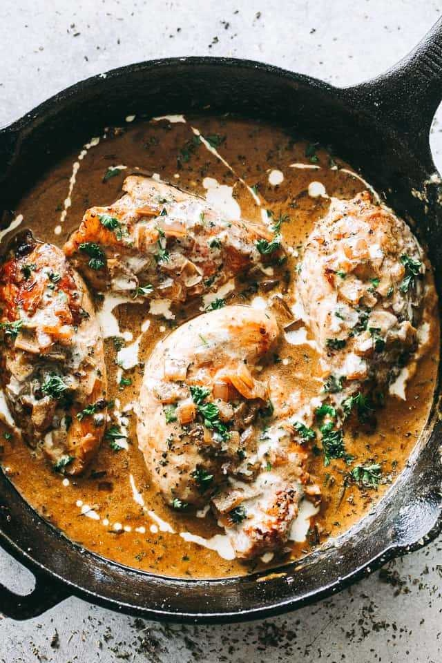 Chicken In White Wine Sauce With Onions