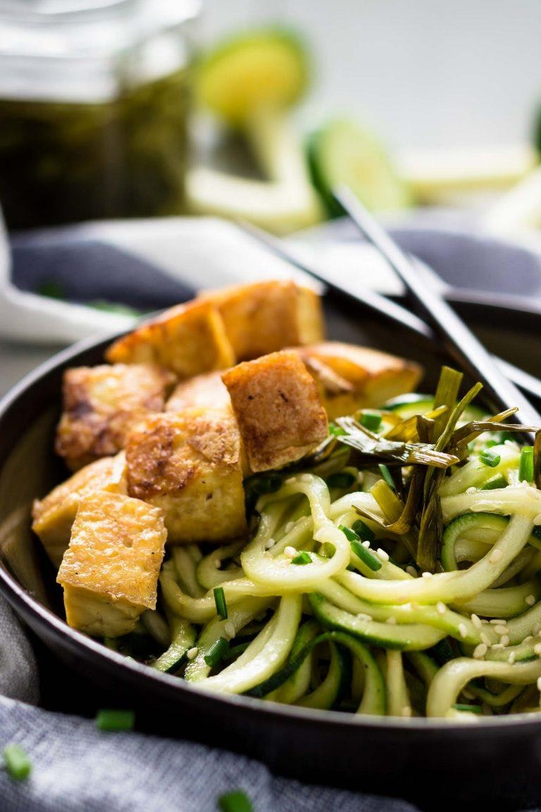 Chive Oil Zucchini Noodles With Roasted Tofu 6 768X1152