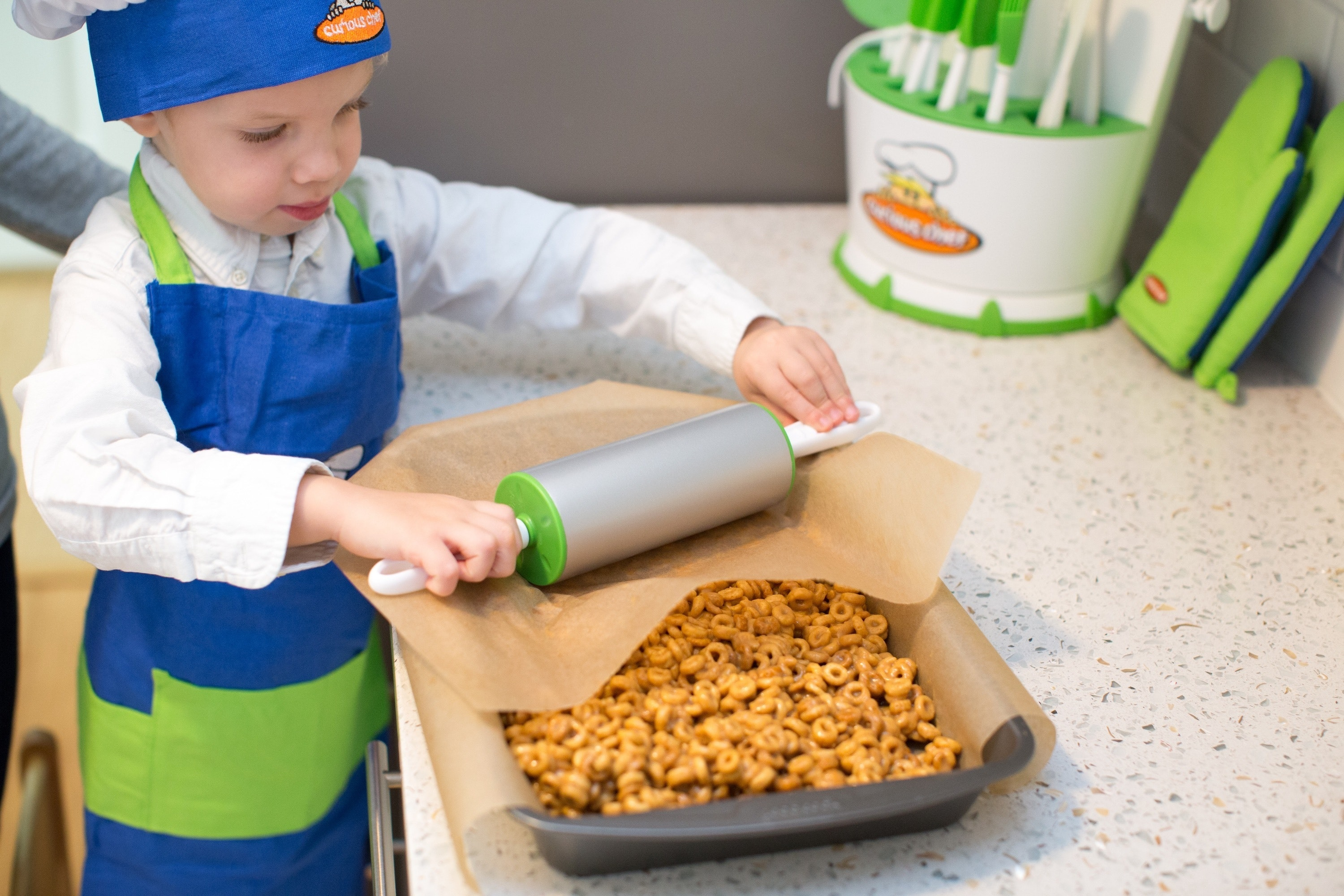 Cooking-With-Kids-7245-resize