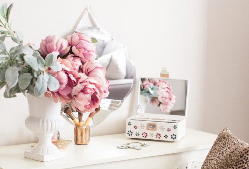You're Going to Love This Gorgeous DIY Vanity How-To