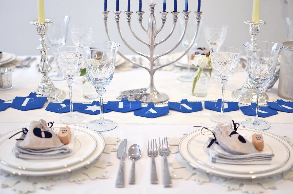 Happy Hanukkah: A Festival of Lights Table