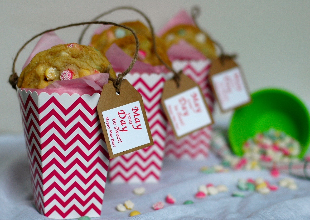 May Day Baskets with Cookies