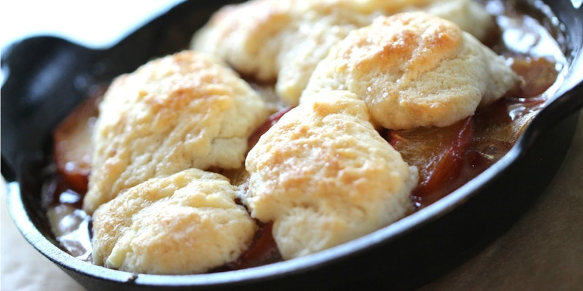 Insanely Good Peach Cobbler