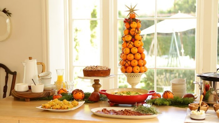 Here's How to Throw the Perfect Christmas Brunch