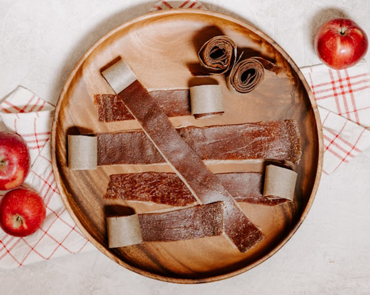 This Homemade Fall Spice Fruit Leather Puts Store Bought Brands to Shame