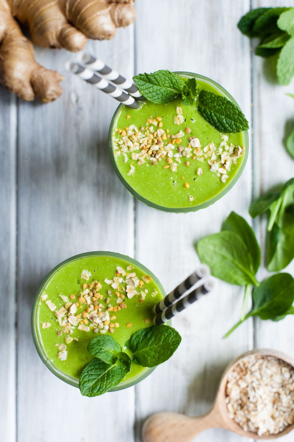 Ginger Oatmeal Green Smoothie 3