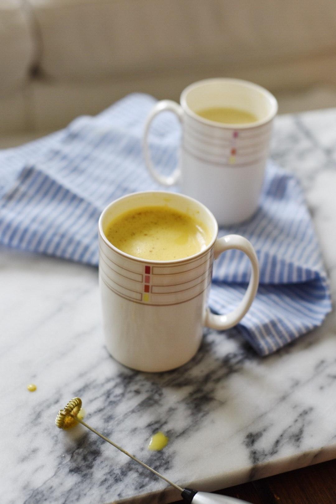 Golden Milk Latte 5