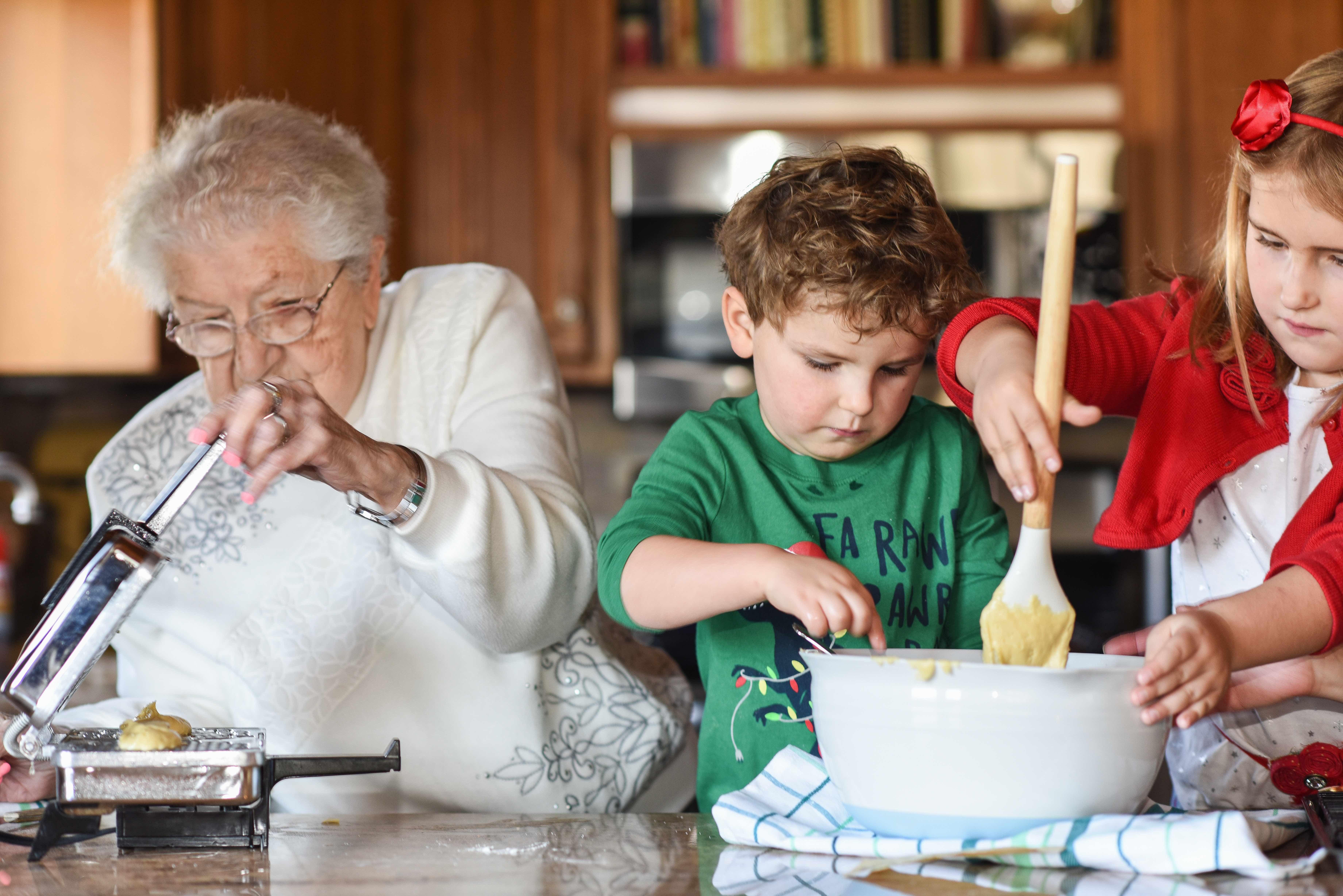 Grandma Rose Pizzelles 9 Resize