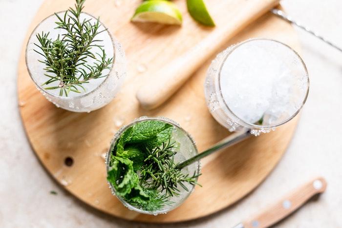 A Refreshing, Aromatic Herbal Aperitif
