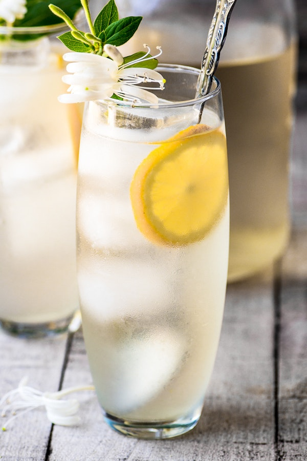 Honeysuckle Vodka Lemonade 8479 May 04 2017 2