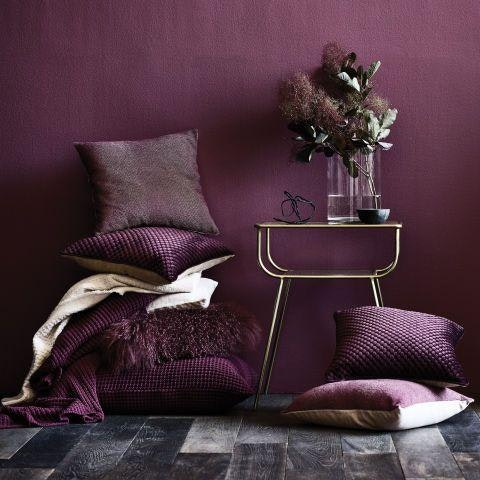 Iha How To Incorporate The Pantone 2018 Color In Your Home Inspired Home 5
