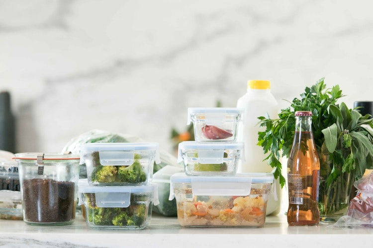 5 Steps to the Pre-Holiday Fridge Clear Out