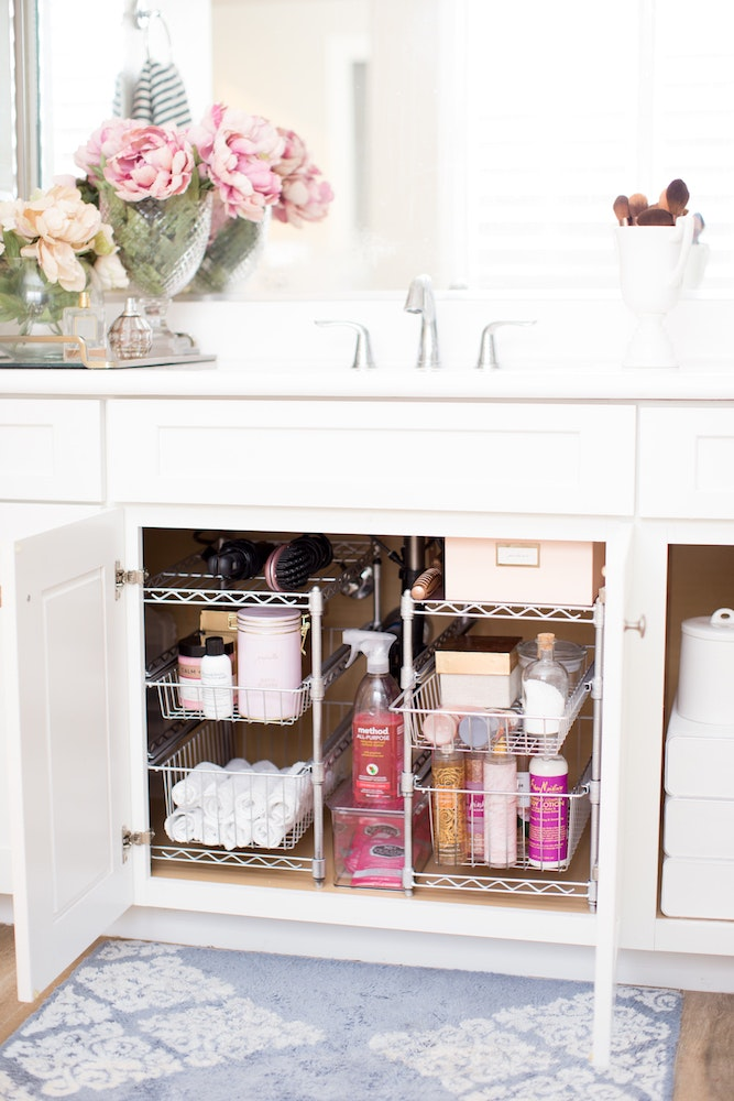 How to Maximize Your Bathroom Storage