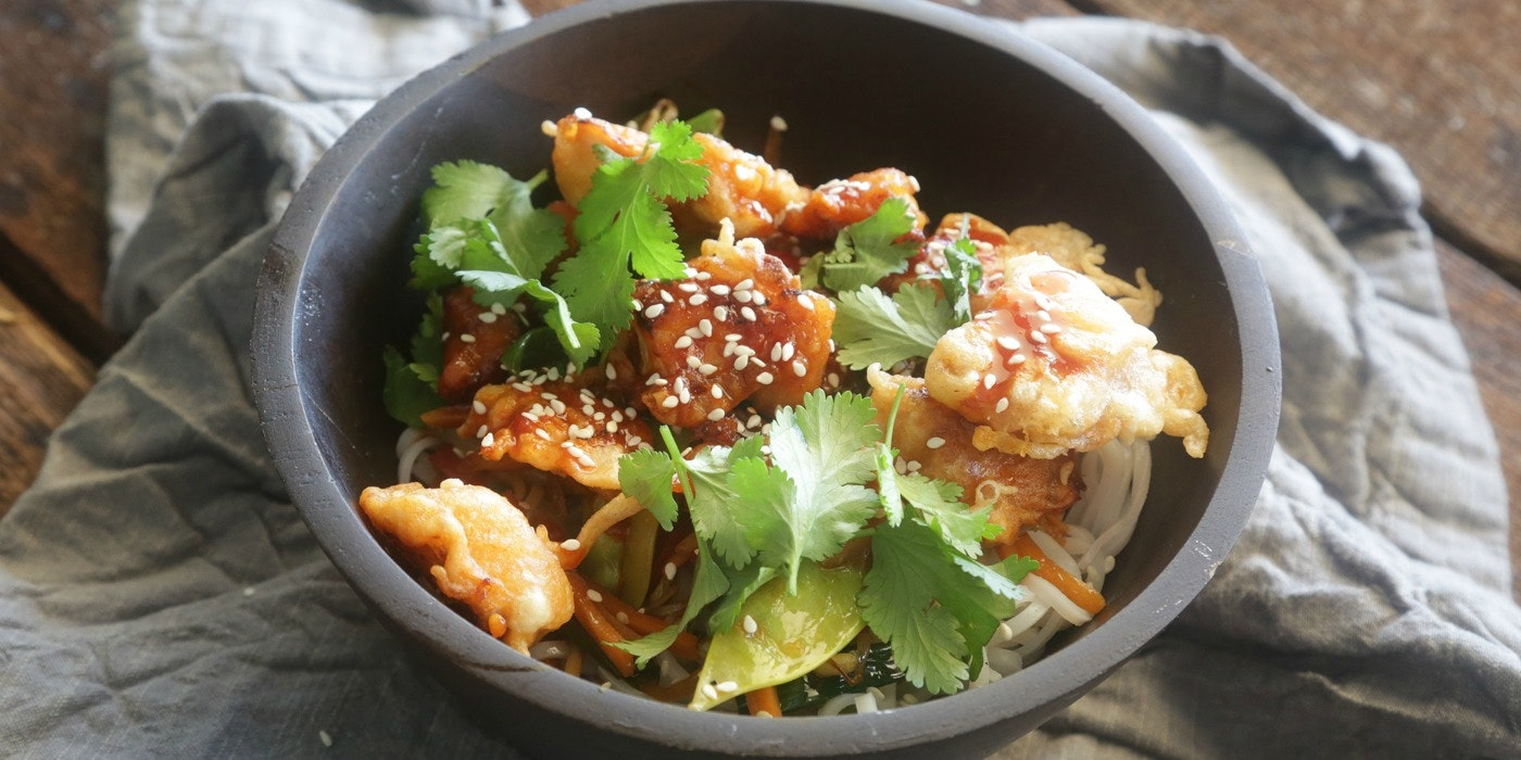 Korean Fried Chicken Bowl with Stir-Fry Vegetables