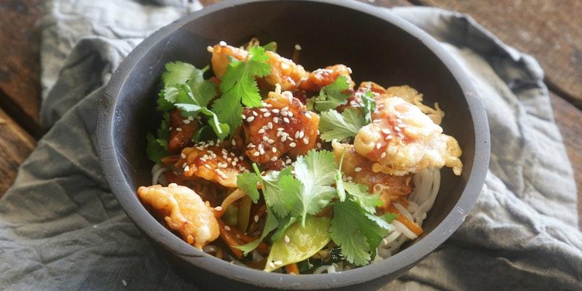 Korean Fried Chicken Bowl with Stir-Fry Vegetables