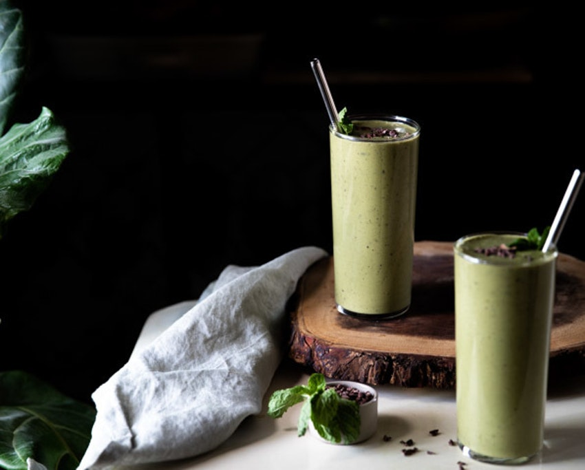 Vegan Matcha Mint Chip Smoothies