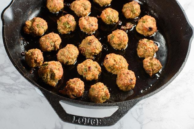 Meatballs With Pom Glaze 02