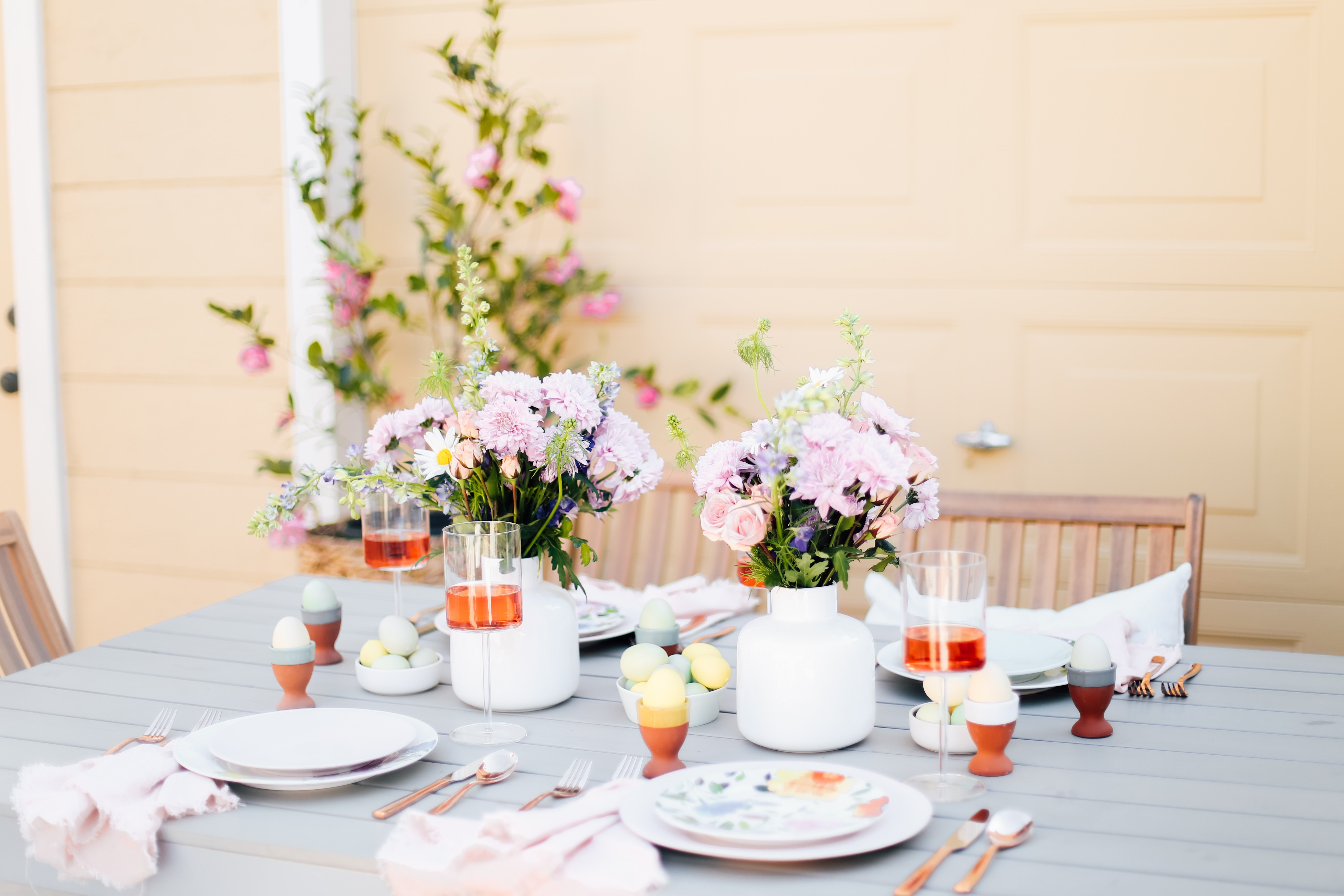 A Gorgeous Pastel Tablescape Perfect for Mother's Day