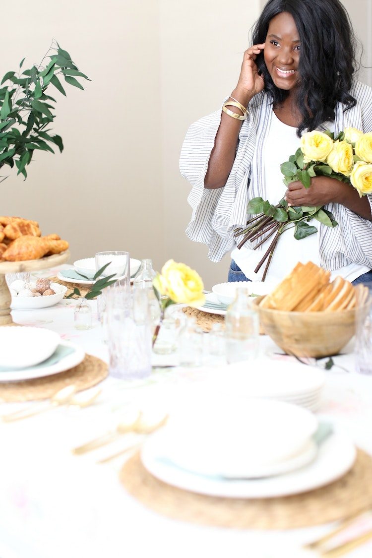 A Simple, Semi-Fancy Spring Table for a Casual Breakfast Get-Together