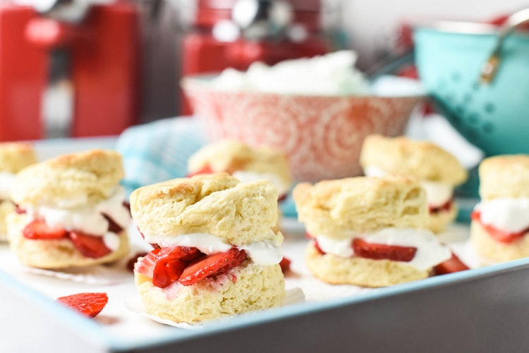 Strawberry Shortcake Sliders Perfect for Summer Picnics