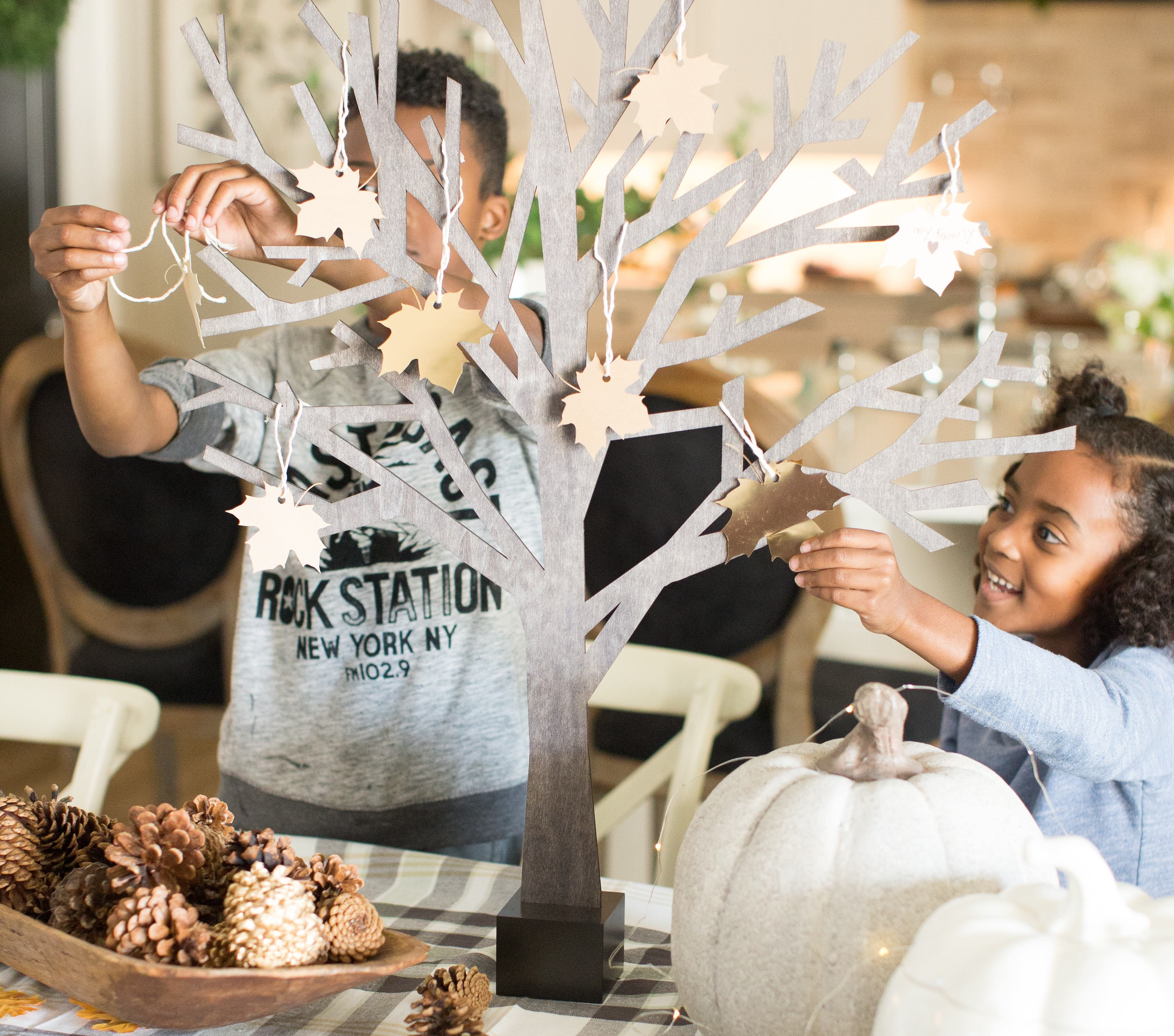 Our New Favorite Thanksgiving Tradition: Thankful Trees