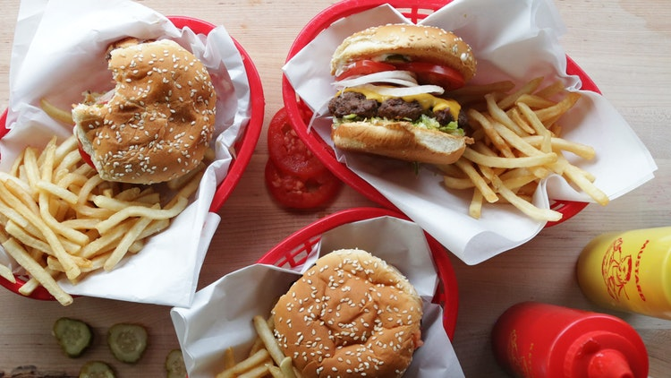 How to Make the Perfect Classic Cheeseburger