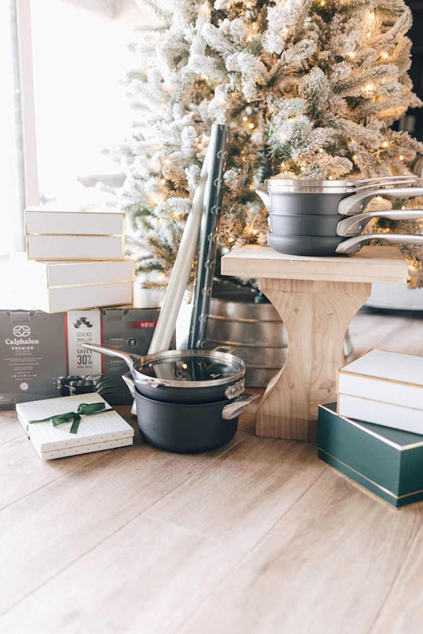 8 Timeless Home Gifts to Get for Mom This Year