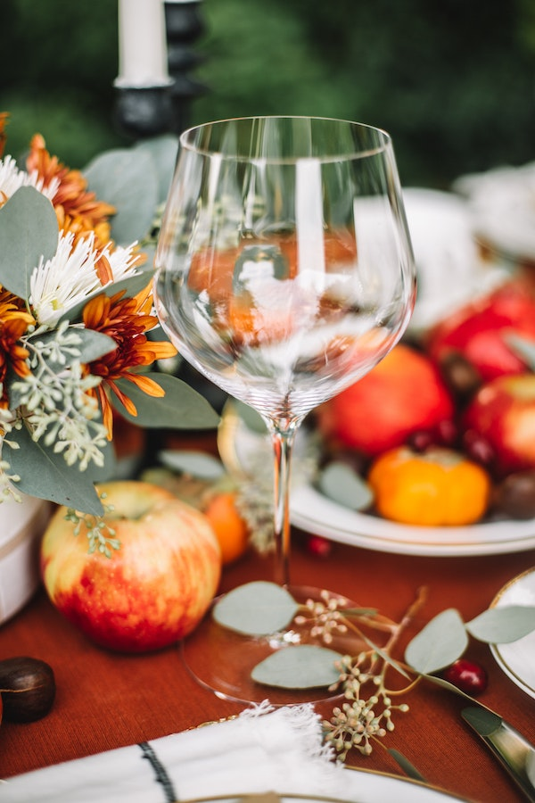 Traditional Modern Thanksgiving Table 21