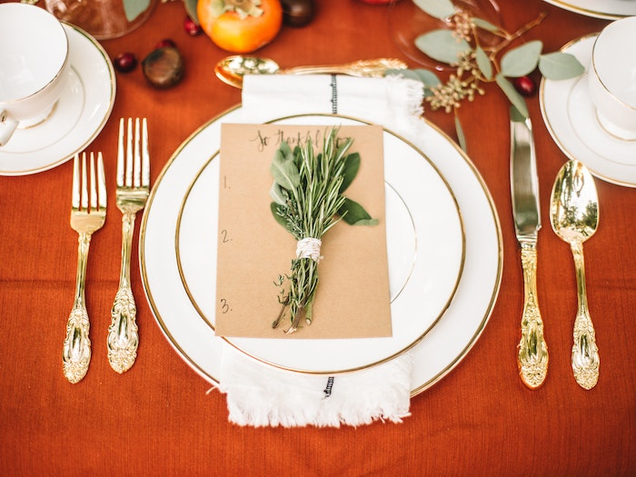 Traditional Modern Thanksgiving Table 4