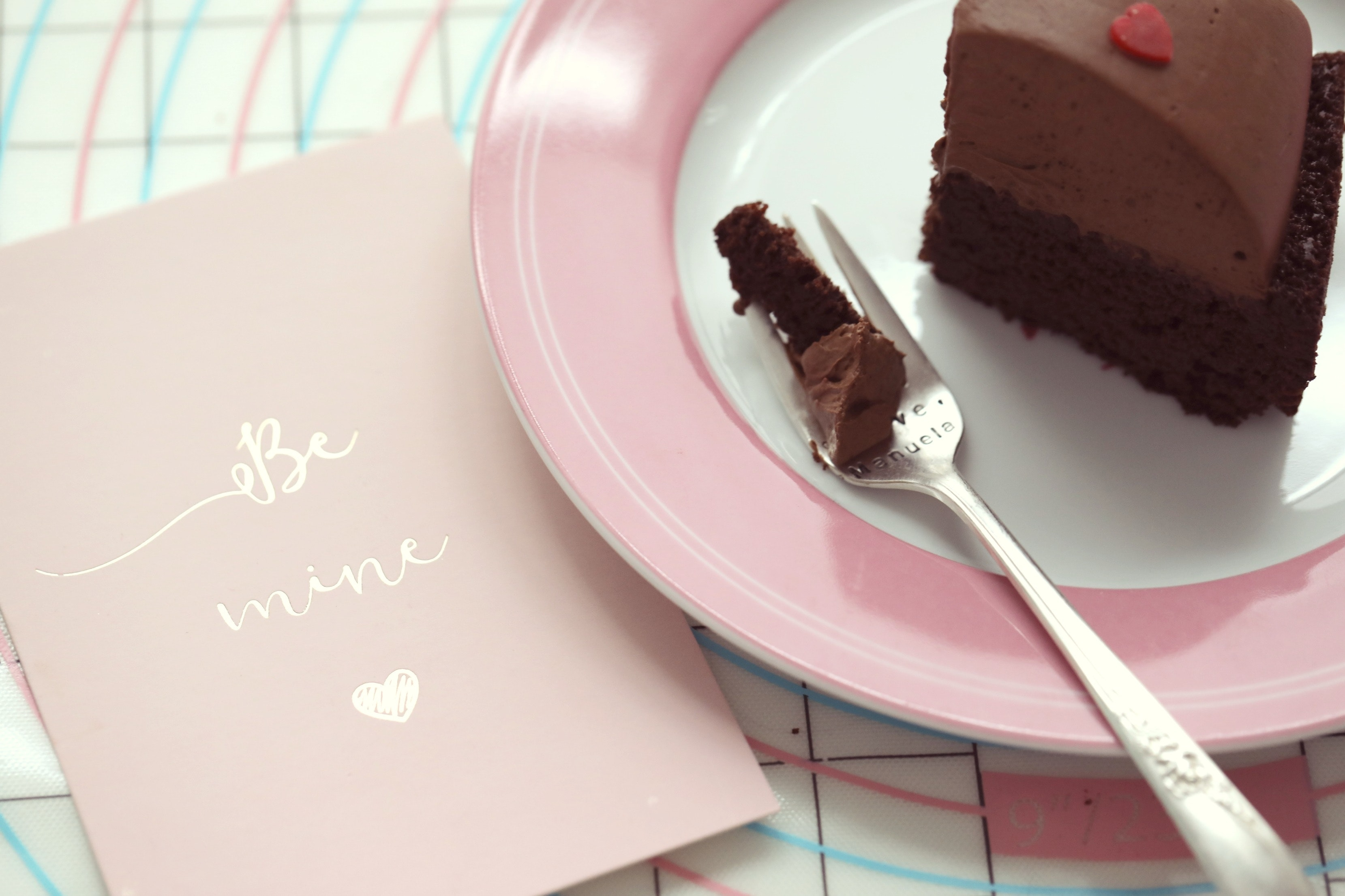 Valentienes Day Chocolate Mousse Cake 7