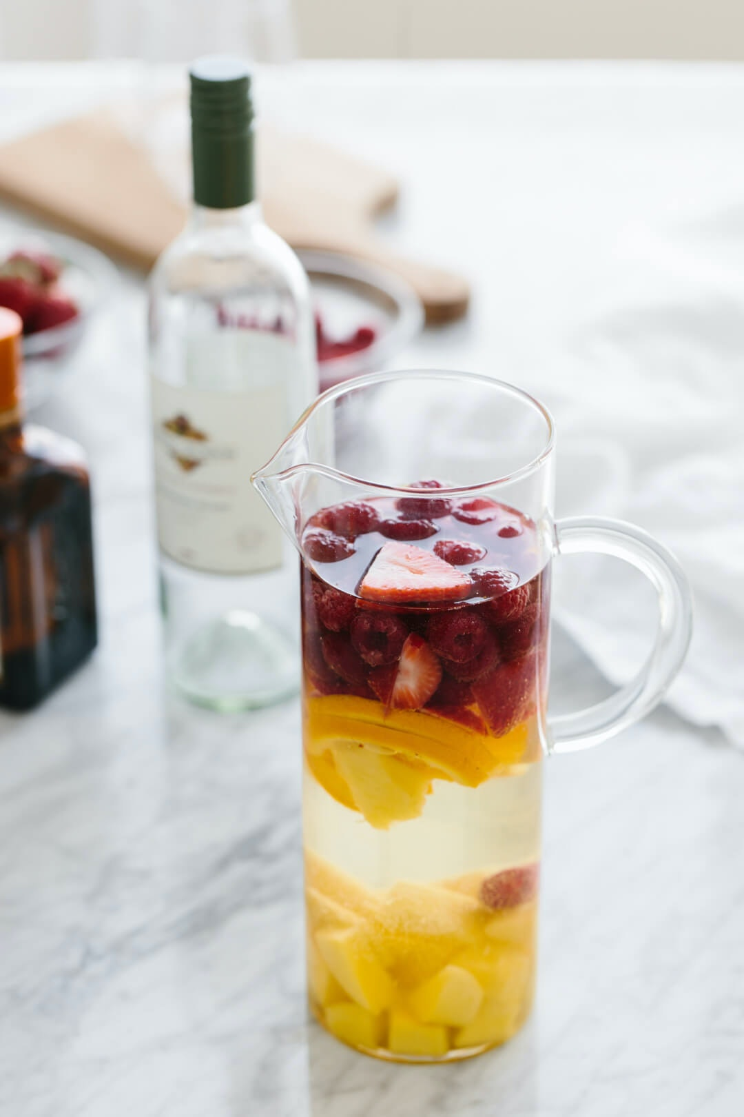 White Sangria With Mango And Berries 12