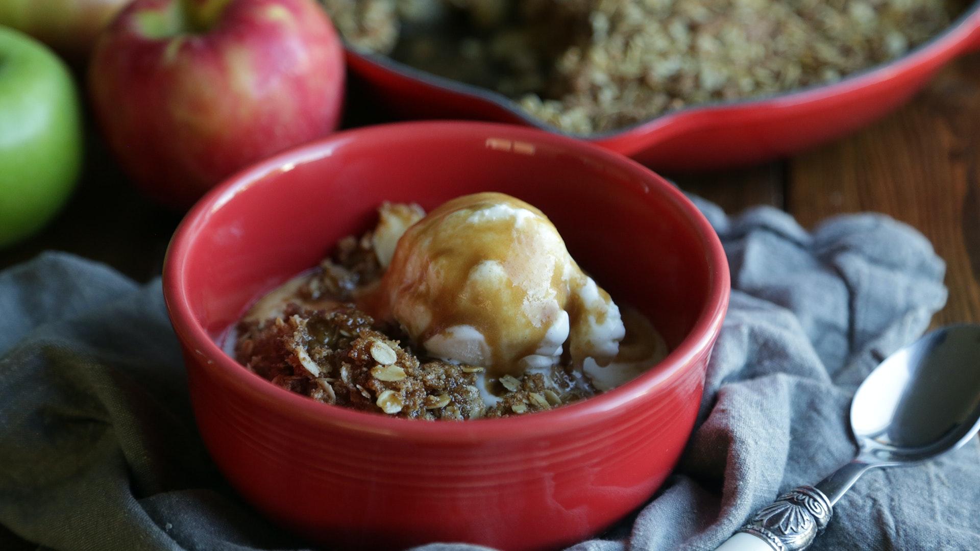 Classic Skillet Apple Crisp Recipe