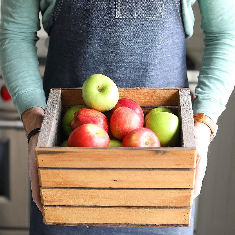How to Make Homemade Cinnamon Applesauce