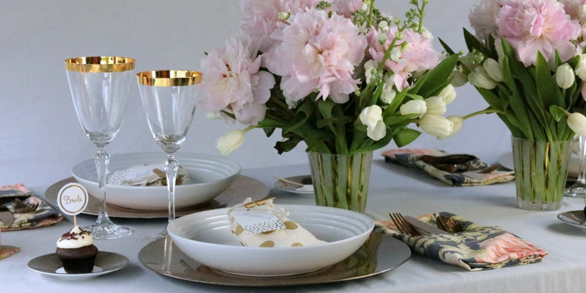 Planning a Gold Themed Bridal Shower