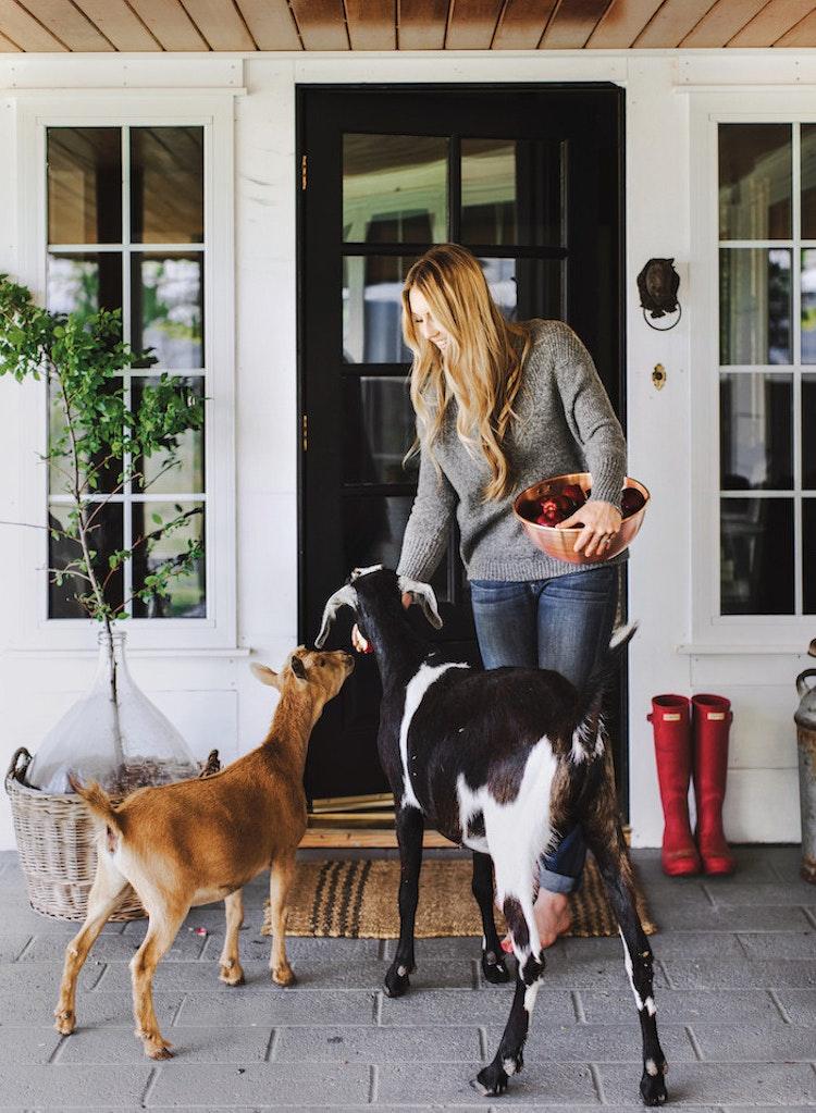 Chloe Mackintosh of Boxwood Avenue Talks Living the Simple Life