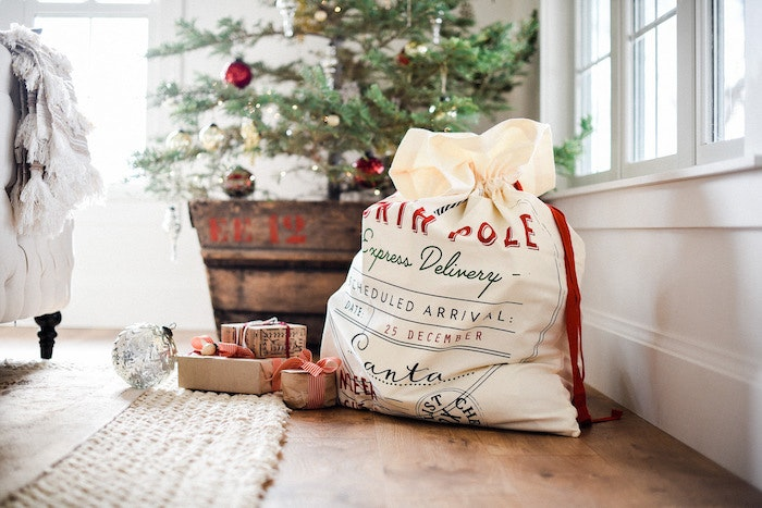 How to Prep Your Living Room for Christmas Morning
