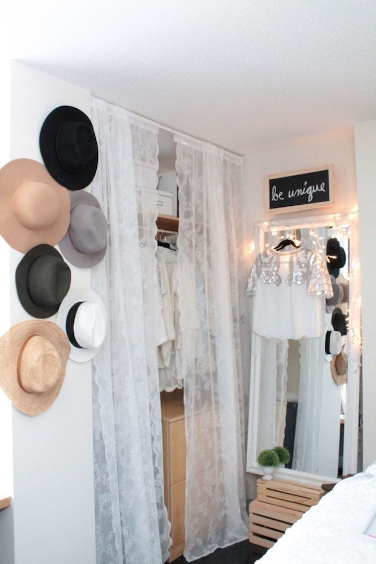 Dorm Room Closet: Maximize Your Space & Style With These Dorm Room