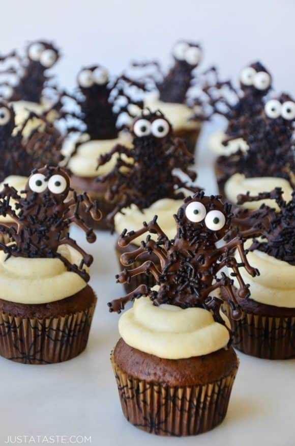 Halloween Cupcakes Chocolate Spiders 580X875