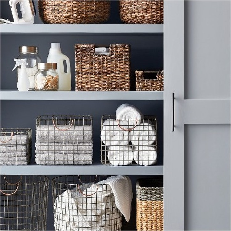 9 ways to organize your linen closet that ll make you feel like marie kondo deborah shearer. Black Bedroom Furniture Sets. Home Design Ideas