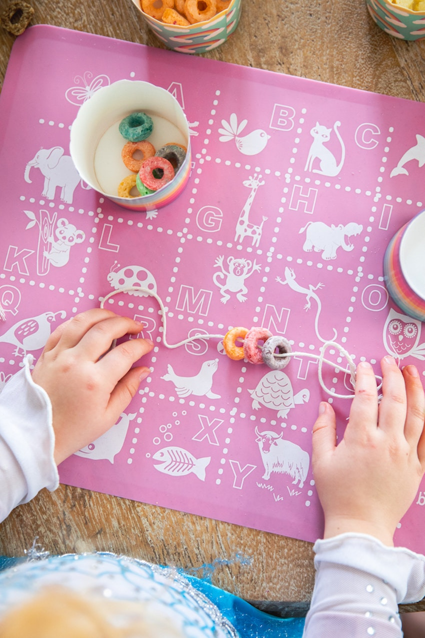 Homemade Edible Jewelry Is the Winter Kids' Activity You Need to Try