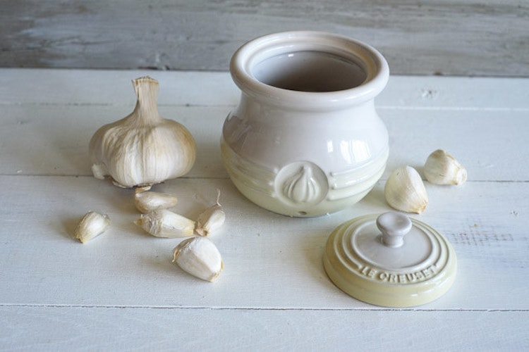 8 Ways to Take Your Garlic Addiction to a New Level   The Inspired Home