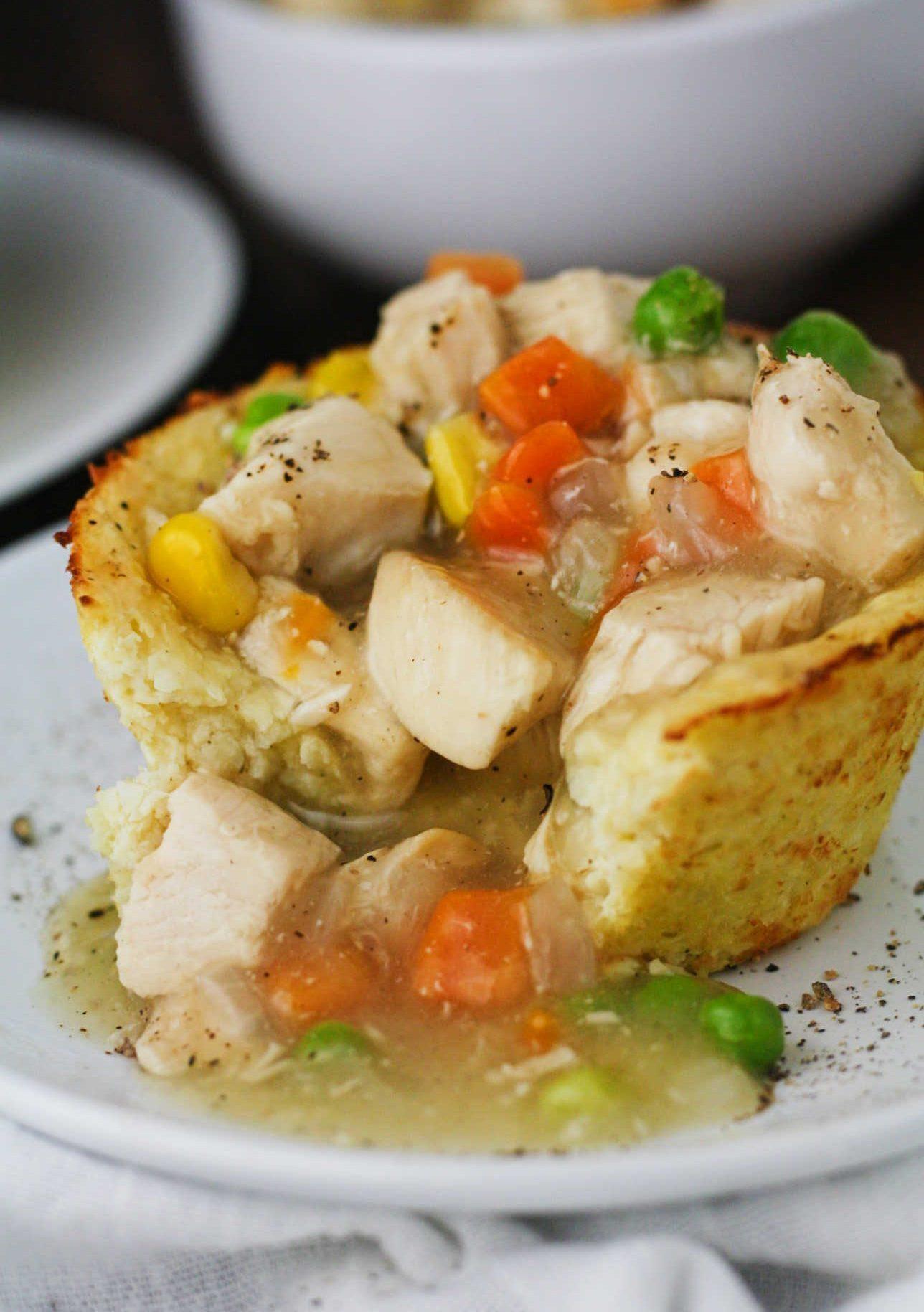 Low Carb Cauliflower Pot Pie Open E1488343984478