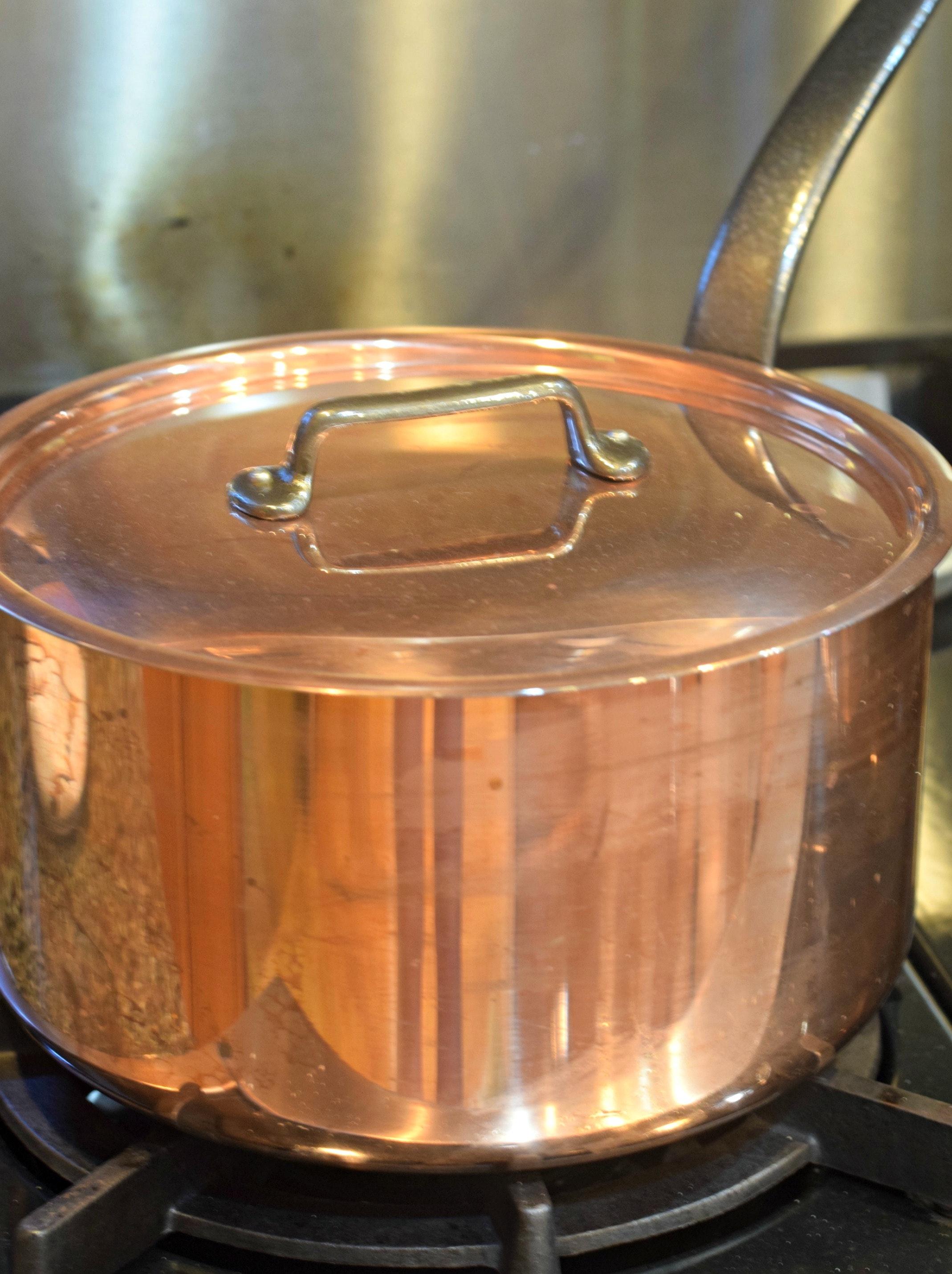 Peaches Copper Pot