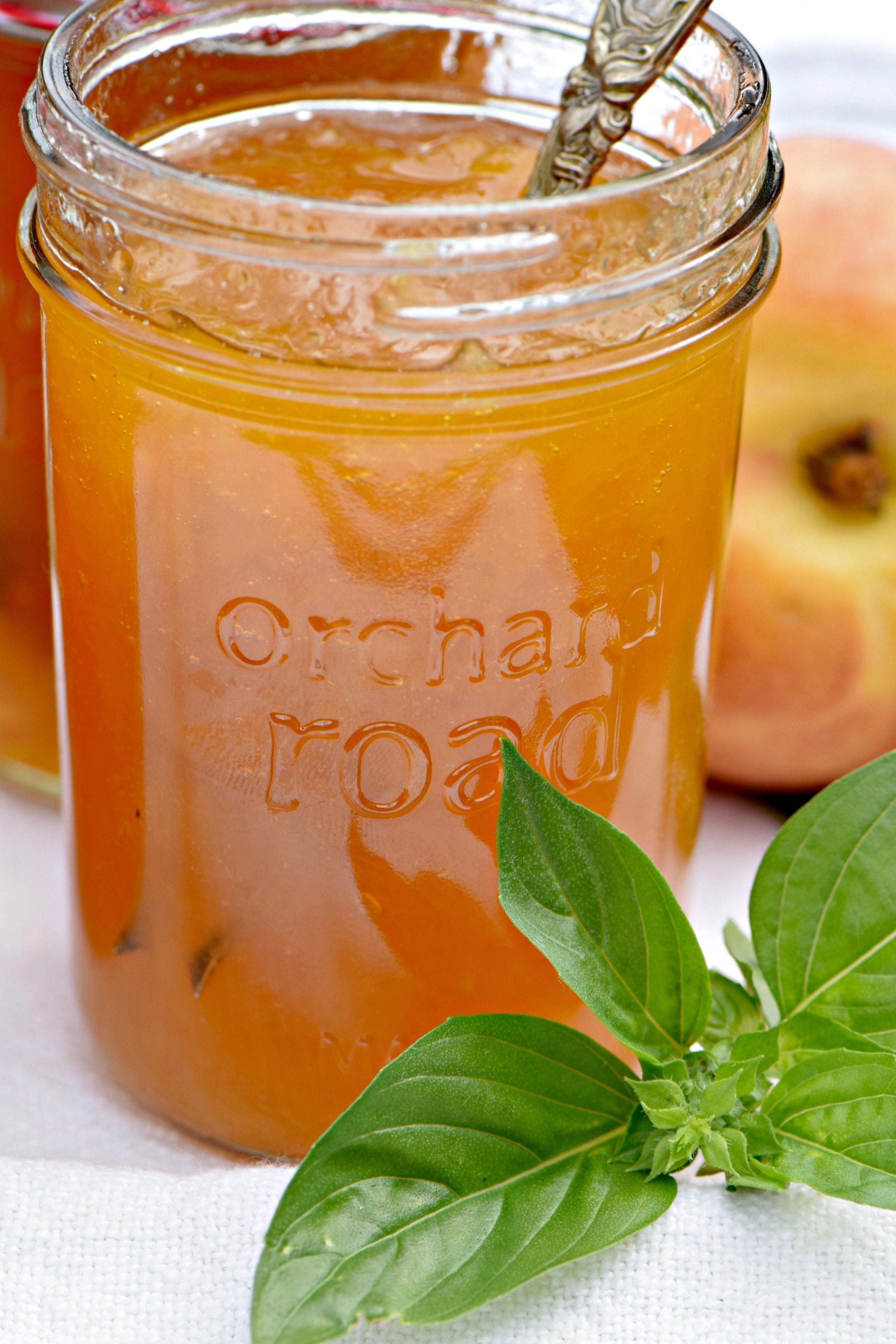 Peaches Jar Vertical